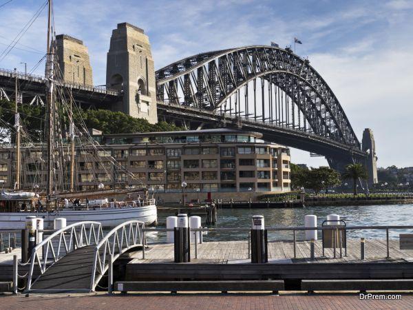 The Syndey Harbour Bridge and Park Hyatt hotel